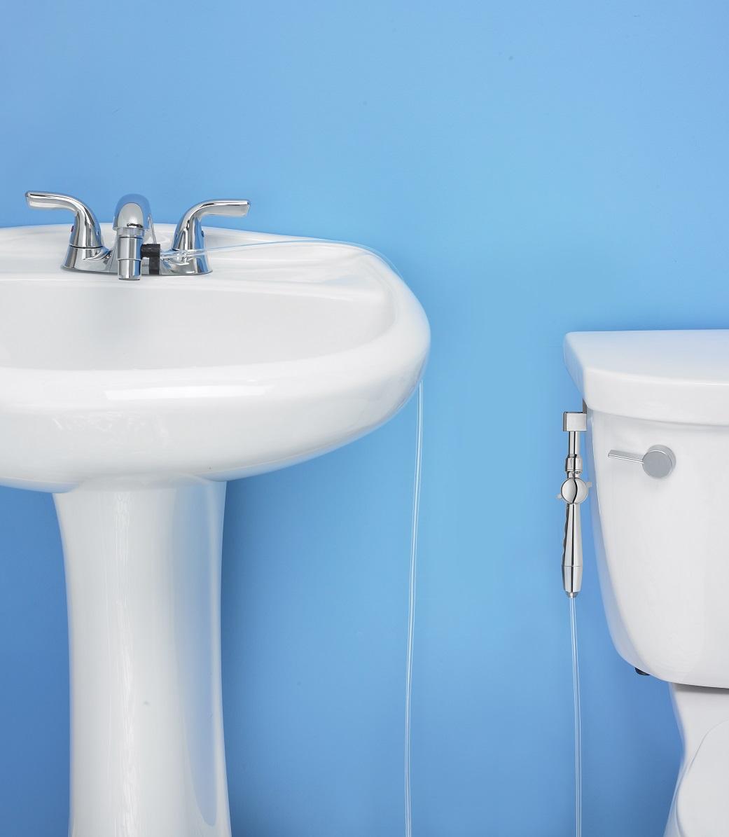 Aquaus 360° Hand Held Bidet for Faucet w/ Polymer Hose (ABFP-360 ...